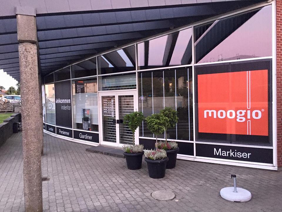 8f39fda8bf92 Moogio - Gardiner Århus - Køb markiser og gardiner hos Moogio